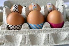与washi磁带的装饰的复活节彩蛋 库存照片