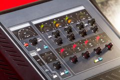 专业控制台声音混合 免版税库存图片