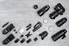 专业摄影师想法有辅助部件背景 库存图片