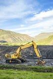 专业机器使用对煤炭挖掘 图库摄影