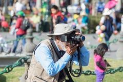 专业街道摄影师在阿雷基帕,秘鲁 免版税图库摄影
