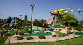 专业黑客微型高尔夫球前面在布兰松,密苏里 免版税库存照片