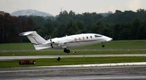 专用飞机离开 免版税库存照片
