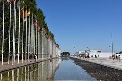 从1998年世界博览会的旗子在里斯本,葡萄牙 免版税库存图片