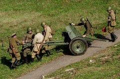 1941年世界大战争斗的重建2在俄罗斯的卡卢加州地区 库存照片
