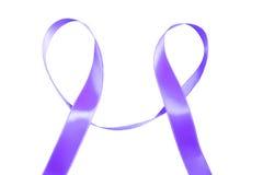 世界巨蟹星座天紫色丝带 库存图片