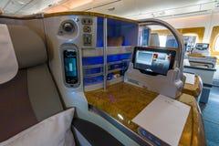 世界的巨型飞机空中客车A380的业务分类内部  库存照片