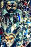 世界的狂欢节面具多数著名大运河威尼斯histo 免版税库存图片