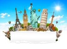 世界的著名纪念碑与空白的被撕毁的纸的 免版税图库摄影