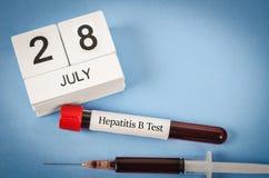 世界肝炎天概念 免版税库存照片