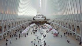 世界贸易中心一号大楼运输插孔的通勤者 股票录像
