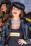世界超级摩托车种族, Beautifull栅格女孩 免版税库存图片