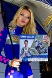 世界超级摩托车种族, Beautifull栅格女孩 免版税库存照片