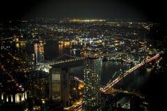 从世界贸易中心一号大楼的看法在晚上 免版税库存图片
