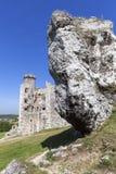 14世纪中世纪城堡, Ogrodzieniec城堡,老鹰乐队的足迹废墟筑巢, Podzamcze,波兰 库存照片
