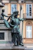 19世纪中叶撒丁岛战士的雕象 库存照片