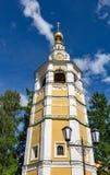 18世纪克里姆林宫钟楼在Uglich,俄罗斯 免版税库存图片