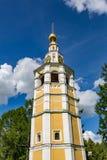 18世纪克里姆林宫钟楼在Uglich,俄罗斯 免版税图库摄影