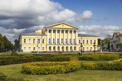 19世纪农庄房子,属于Borshchov中将 免版税库存图片