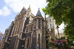 12世纪哥特式样式Southwark大教堂,伦敦,英国 图库摄影
