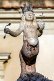 17世纪喷泉在陶尔米纳,意大利 库存图片