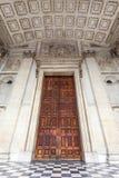 18世纪圣保罗大教堂,伦敦,前门,英国 免版税图库摄影