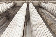 18世纪圣保罗大教堂,庄严专栏,伦敦,英国 免版税库存图片