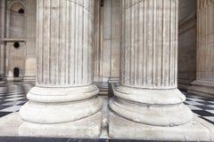 18世纪圣保罗大教堂,庄严专栏,伦敦,英国 库存图片