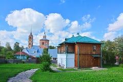 19世纪在博物馆木建筑学和教会鲍里斯和Gleb商人房子在苏兹达尔,俄罗斯 免版税库存图片