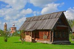 19世纪在博物馆木建筑学和教会鲍里斯和Gleb议院在苏兹达尔,俄罗斯 库存图片