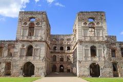 17世纪城堡Krzyztopor,在fortezzza,废墟,乌亚兹德,波兰的意大利样式palazzo 免版税库存图片
