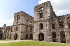 17世纪巨型城堡, Krzyztopor,波兰的废墟 免版税库存图片