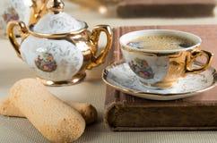 从19世纪德国巴伐利亚的瓷碗筷 库存图片