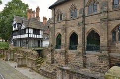 17世纪房子& 19世纪蓝色外套学校 免版税图库摄影