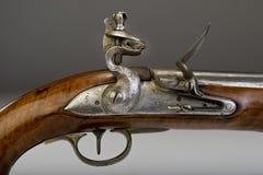 18世纪燧发枪手枪。 库存图片
