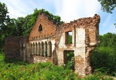 19世纪的庄园的废墟 免版税库存图片