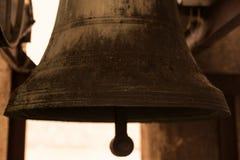 19世纪的老和古色古香的响铃 免版税库存图片