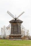 18世纪的老木风车在苏兹达尔 免版税库存照片