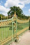 18世纪的金属篱芭在波茨坦 库存图片