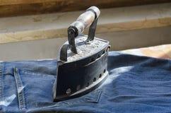 给19世纪的铁穿衣 免版税库存照片