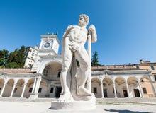 16世纪的雕象 赫拉克勒斯雕象 免版税库存图片