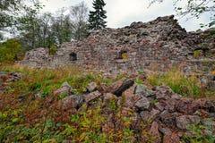 18世纪石Rosen本营的废墟洛维萨的, Finlan 图库摄影