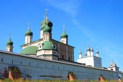 世纪第十四修道院pereslavl俄国 免版税库存图片