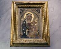 15世纪象玛丹娜和孩子,圣玛丽亚大教堂在Trastevere 免版税库存图片