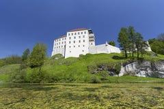 14世纪防御城堡在克拉科夫附近的Pieskowa Skala,波兰 库存照片