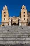 13世纪Cefalu大教堂在Cefalu,西西里岛,意大利 免版税图库摄影