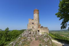 13世纪Checiny城堡,中世纪堡垒, Checiny,波兰废墟  库存照片