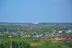 11世纪Nikitsky修道院看法从belltower的在Pereslavl-Zalessky,俄罗斯 库存照片