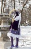 丘比特假装的人-阿讷西威尼斯式狂欢节2013年 免版税库存照片