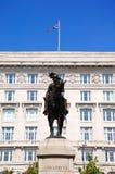 丘纳德大厦和雕象,利物浦 免版税库存图片